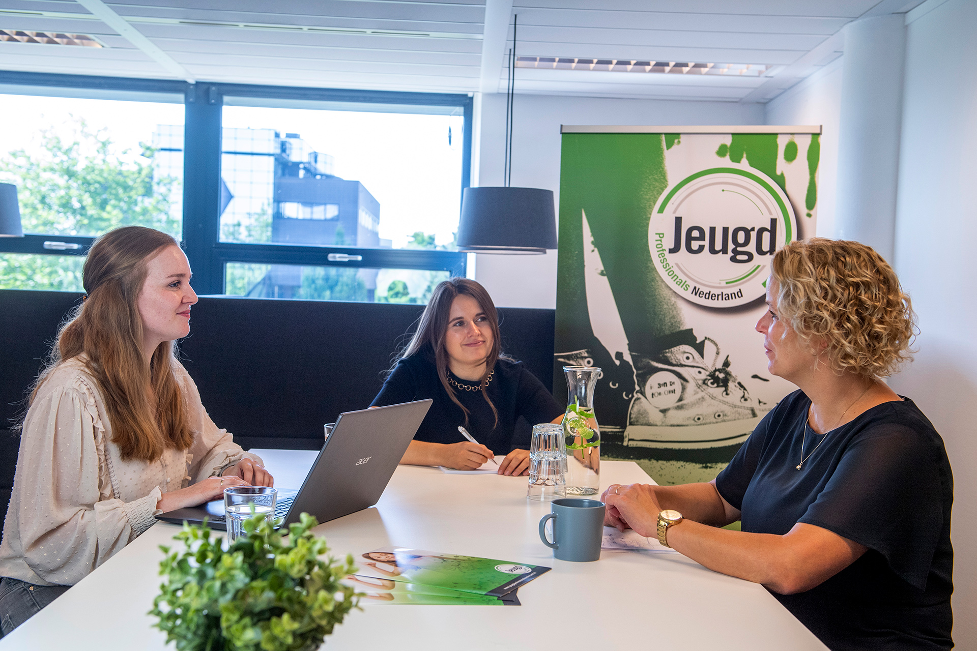 Teamoverleg Jeugdprofessionals Nederland