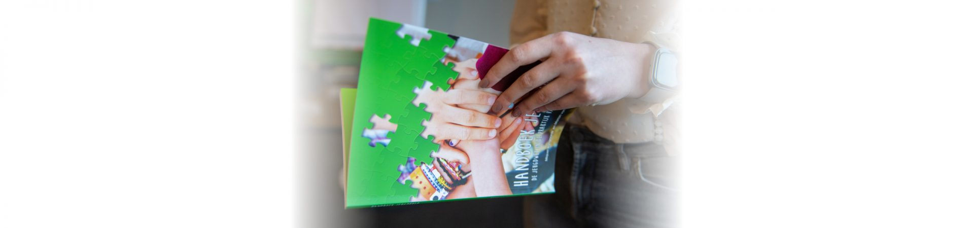 Handboek Jeugdhulp en Handboek WMO